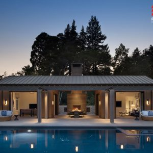 Hillsborough (CA), Private House